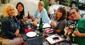 wine-bar-guests06